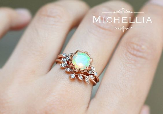 「Evanthe」  Note: This listing sells the opal ring ONLY; For the matching leaf band shown in the last two pictures, please purchase separately