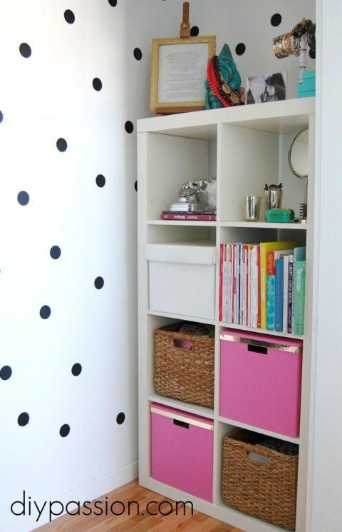 Nichos é uma ótima opção para organizar qualquer ambiente. Separam os objetos por categorias e ficam lindos na decoração!!!