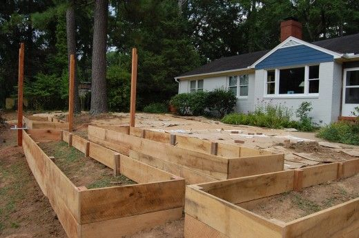 What supplies are needed to make a raised garden beds for Flower beds out of pallets