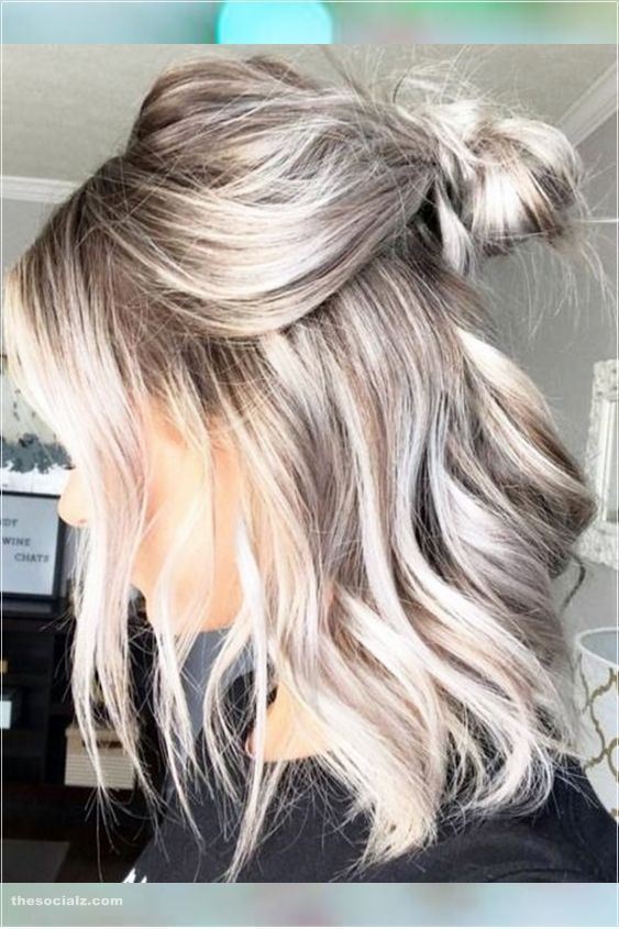 45 Short Blonde Hair Color Ideas In Women In 2020 Blonde Hair Color Short Blonde Hair Spring Hair Color