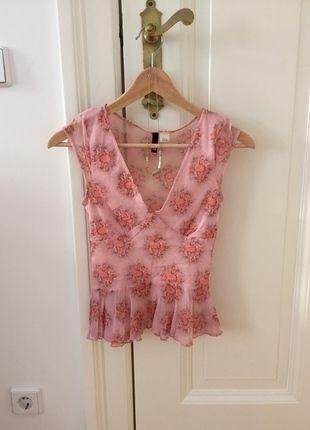Kaufe meinen Artikel bei #Kleiderkreisel http://www.kleiderkreisel.de/damenmode/kurzarmlig/126441820-sehr-sehr-schones-sommershirt-top-in-rose-floral-34