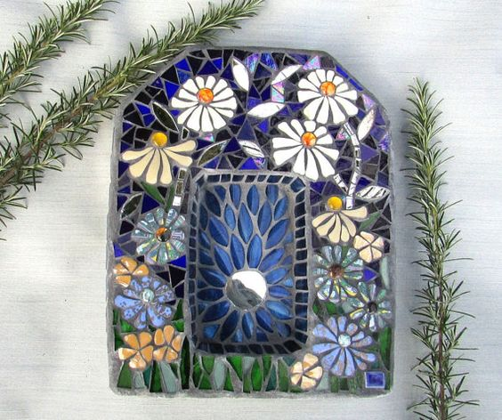 Garden Shrine Mosaic ~ Spiritual Decor ~ Daisy Flowers Garden Art ~ Garden Alter ~ OOAK Outdoor Decor ~  Gift for Gardener ~ Spiritual Gift
