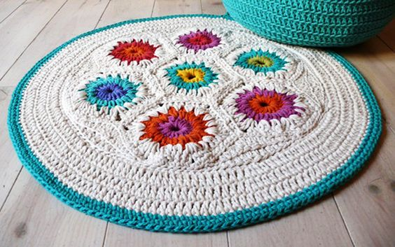 The Crochet Rug Makes Your Room Full of Happiness | product design decorations  | rug crochet granny square product design decorations