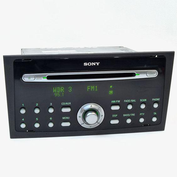 Ein sehr schönes Ford Sony Radio mit 6 x CD Wechsler! Funktioniert natürlich einwandfrei. Das Radio ist passend für Ford Mondeo III Modelle 2003-2007 Bei uns im Shop.
