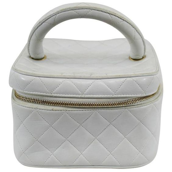 Preowned Vintage 1990s Chanel White Leather Vanity Case ($448) ❤ liked on Polyvore featuring beauty products, beauty accessories, bags & cases, white and chanel