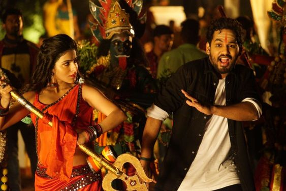 Naan Sirithal Movie Stills – Hiphop Tamizha Adhi, Iswarya Menon