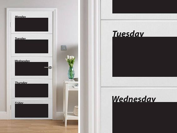 Blackboard weekly planner.: