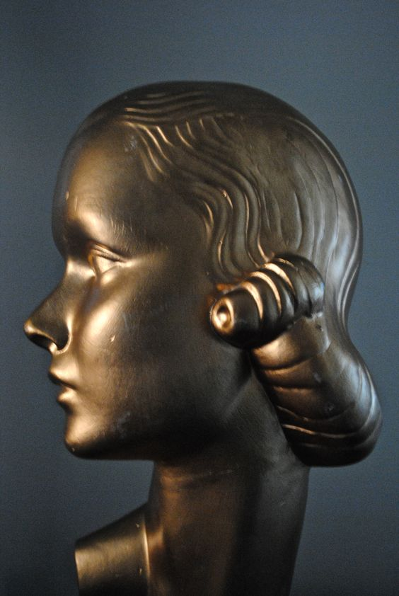 Vintage head form, art deco, chalk head