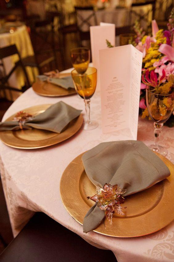 Papelaria personalizada: Menu para recepção de casamento.