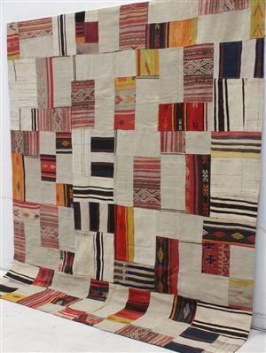 Lauritz.com - Kelim - Kelim patchwork 266x232 - SE, Norrköping, Finspångsv.