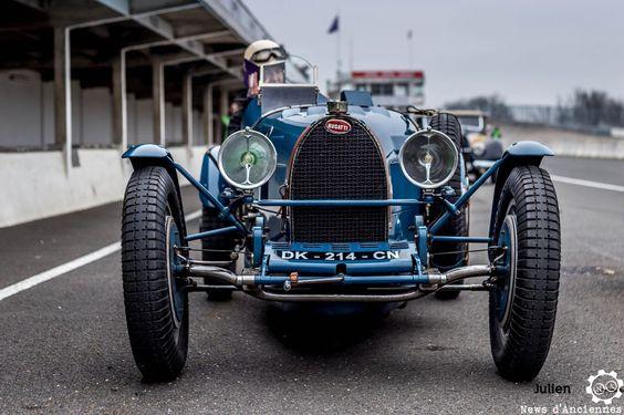 #Bugatti aux #CoupesdePrintemps à Montlhéry Reportage complet…