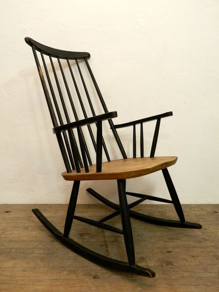 Rocking chairs vintage and chairs on pinterest for Retro schaukelstuhl