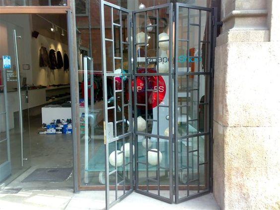 Modelo de rejas para ventanas buscar con google rejas - Rejas para puertas ...