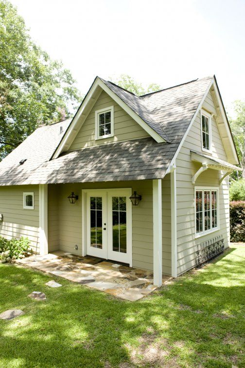 Adorable for little art studio guest house beauty for Backyard guest cottage