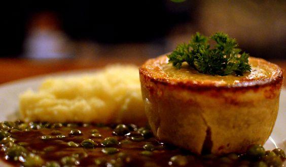 A 2ª edição do Pub Food Festival acontece até 27 de agosto e conta com a participação de 10 estabelecimentos.