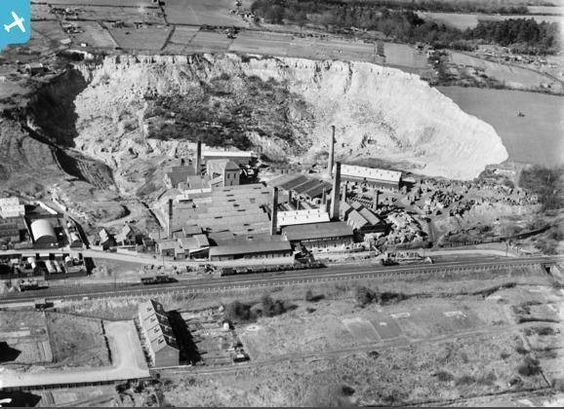 High Brooms Brickworks From The Air 1935 Old Tunbridge Wells Pinterest The O 39 Jays And