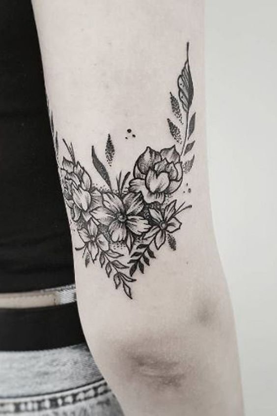 Amazing Tattoo Ideas For Women That Are Rare And Unique Tattooideas Rare Tattoos Tricep Tattoos Cool Tattoos