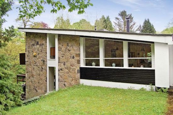 1960s midcentury style denton house five bedroom house in for Architecture utopique 60