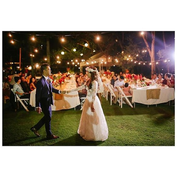 Yey! Arnel & Mye's French-inspired chic wedding is featured in Merry to Marry @merrytomarry ~ http://merrytomarry.ph/2015/06/22/frames/ ❤️❤️❤️ | Photo by @rainbowfishphoto | Flowers & Event Styling by @cuckoocloudconcepts