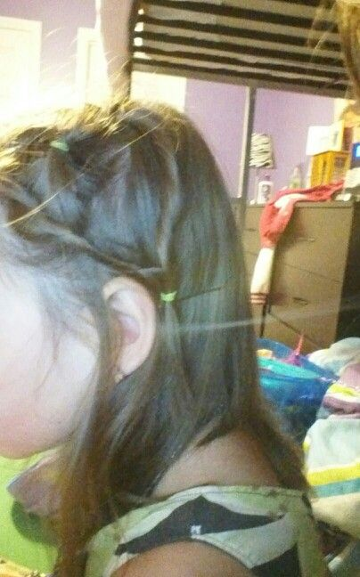 my little sisters 2 day of school hairstyle