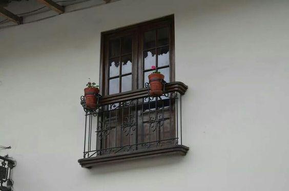 Balcón delantero