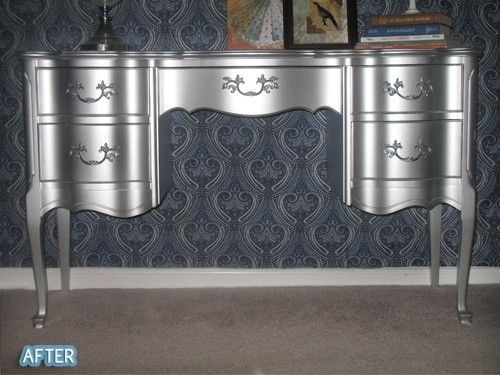 Wow Using Rustoleum 39 S Metallic Aluminum Enamel Paint By Janelle Out With The Old