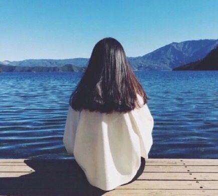 最后你还是不愿和我分享你的人生 独留我一人在茫茫人海横冲直撞