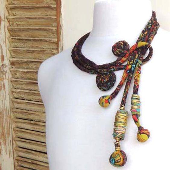 Collier de necklace.fabric à la main de la femme de par ATLIART, $135.00