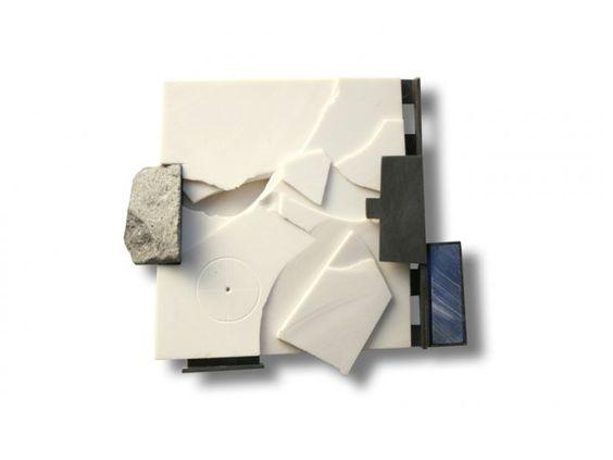 """Ramon Puig Cuyàs- Brooch """"Antàrtica 4""""  Suite Antàrtica  - alpaca, white coral reconstituted, basalt - 75x65x15 mm:"""