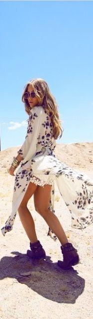 Love the flow of this maxi kimono cardigan