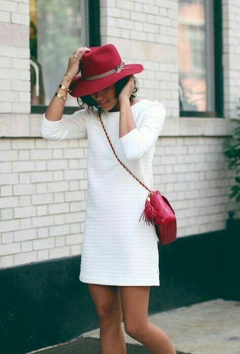 outfits blanco con rojo