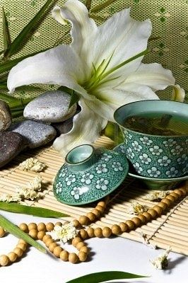 Chinese Tea Ceremony | The elegance of tea celebrated in a time-honored ritual for thousands of years.