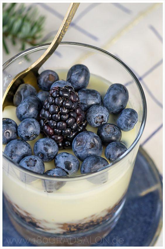 Käsekuchen weiße Schokolade Spekualtius Blaubeeren - Cheescake white Chokolate Blueberries