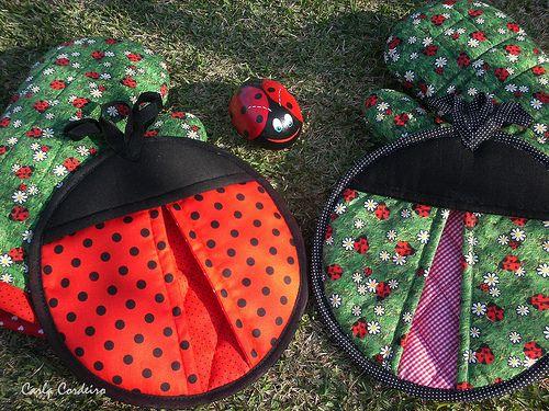 Ladybugs potholders by Carla Cordeiro, via Flickr: