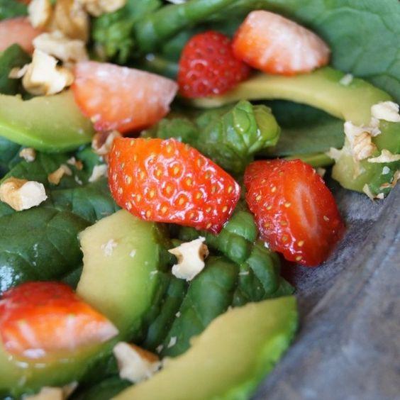 #vegan #vegetarian #omnomnom #govegan #veggies #Vega #salad #foodporn #instafoto #instapic by blogveganation