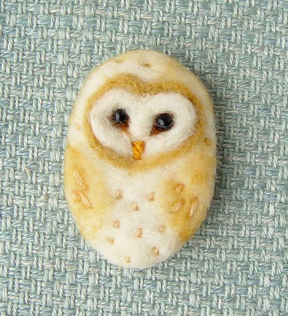 Needle felted brooch, 'Barn Owl', Bird, Wool, Felt Brooch, Pin, Gifts for Valentine, teacher, graduate