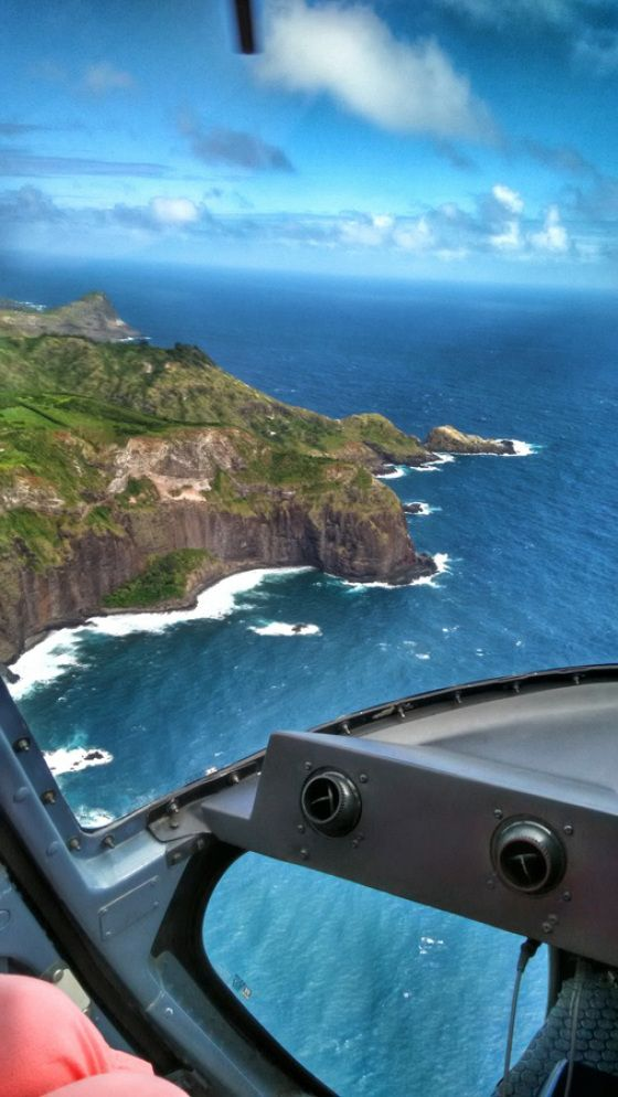 Flying high over MAUI in a helicopter... a MUST DO if you ever make it to hawaii <#  air maui review