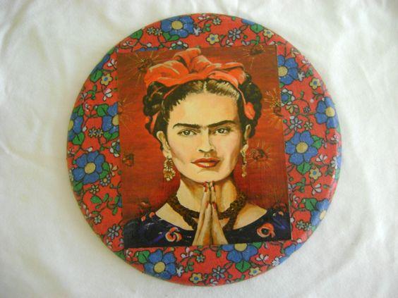 Quadrinho Frida Kalho, com colagem de recorte e tecido!