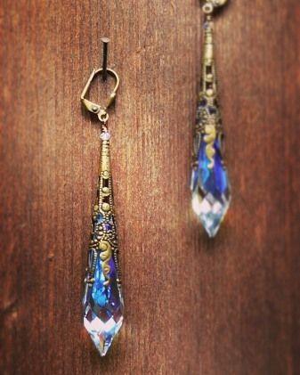 #earringsunique #earringsoftheday #earrings by #christinaanastasia #dropsofjoy #handmade #jewelry #art #artsales #summerfun #sexy #rainbows #fashion #fashionista #decadence #antique #brass #crystal #bridaljewelry #bride #sparkle