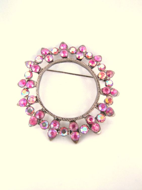 Pink Raspberry Fuschia Vintage Brooch Pin Pendant by DDbuttons, $8.00