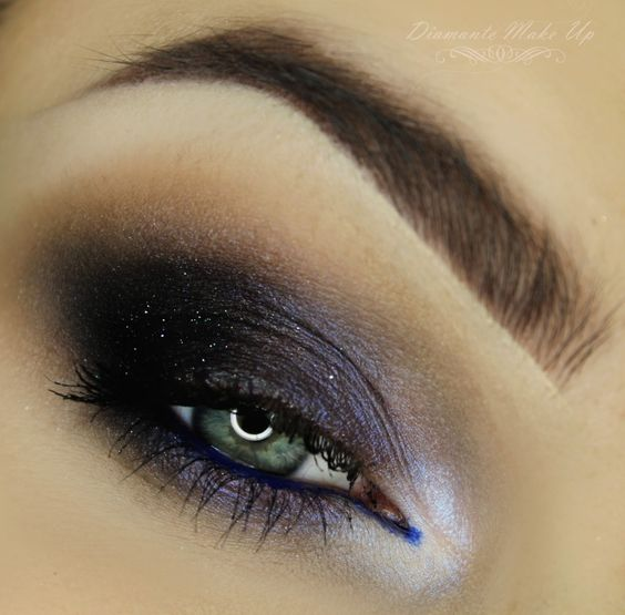 'Cold Smoy Eye' by Diamante Make Up using Makeup Geek's Drama Queen and Vegas Light Palette eyeshadows, Electric gel liner, and Enchanted, and Paparazzi pigments.