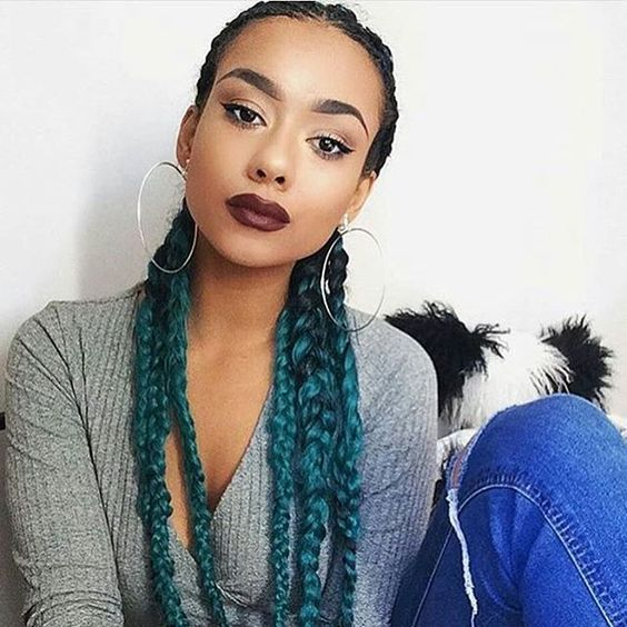 Green Queen✨ ✨✨@pocacuntas  wearing  #CatfaceHair Black Green Ombre ✨✨Buy Ombre Braiding Hair>> www.catface.me/store or shop.catface@gmail.com  #protectivestyles #Boxbraids #ombrebraids #greybraids