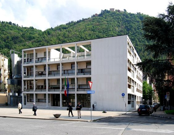 Abbildung der Vollkommenen Verkörperung des Rationalismus  (Fassade des Casa del Fascio)