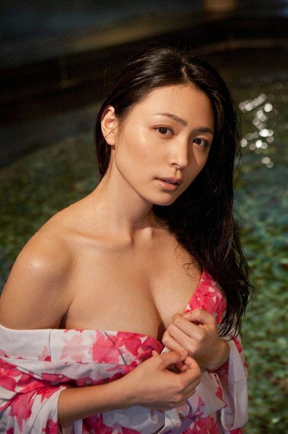 Pretty naked models