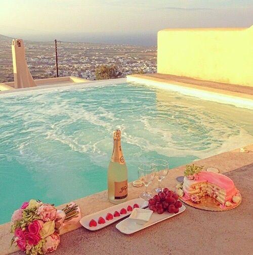 Imagem de pool, summer, and flowers