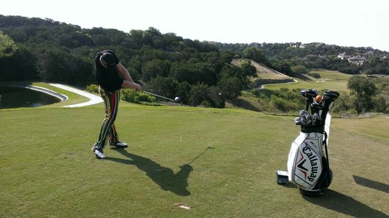 """Pro Long Driver, Josh """"Superman"""" Crews entertaining in Austin, TX. member of the Callaway X Hot Long Drive team and currently 5th longest hitter in the world. Best in contest: 459 yards!"""