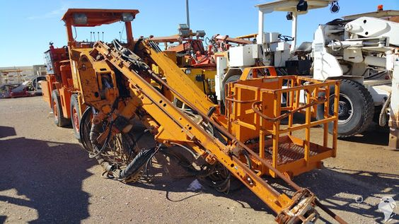 Bohrwagen gebraucht zu verkaufen Siehe Bildergaleri Sandvik #Tamrock Minimatic #Baumaschine  http://blog.ito-germany.de/search/label/Tunnelbaumaschinen