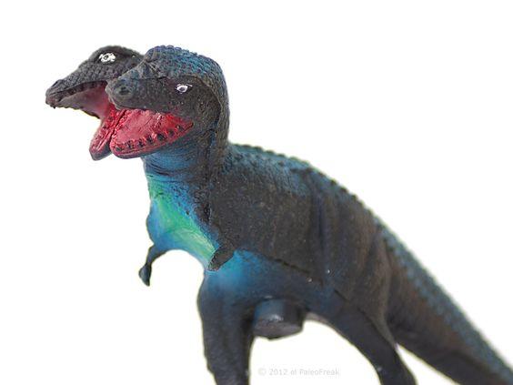 Two-headed Tyrannosaurus. Tiranosaurio de dos cabezas