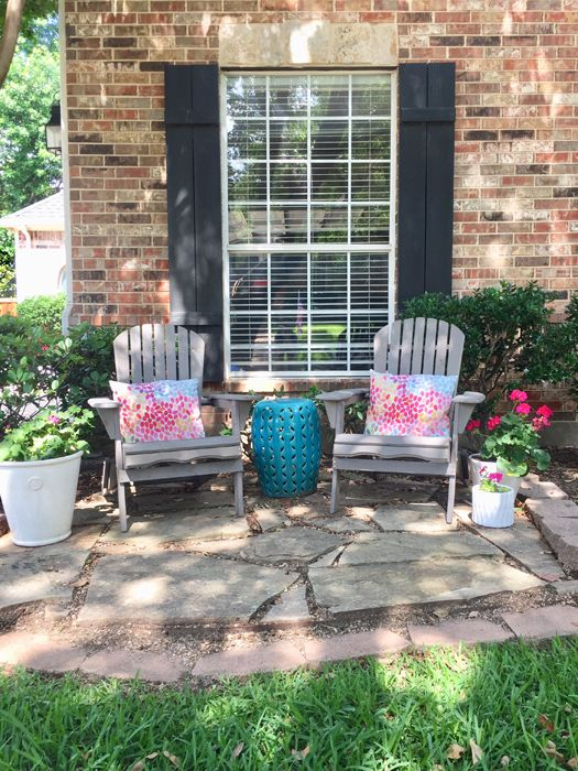 A Stylish Useful Diy Front Yard Patio Small Front Yard Landscaping Outdoor Patio Decor Front Yard Patio