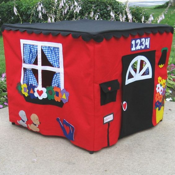 Card table playhouse. Maybe I can figure out how to make this!